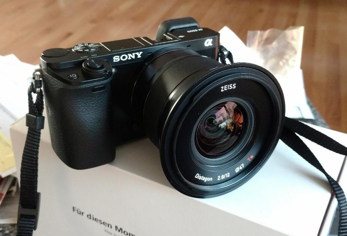 Reviewer photo of the camera with lens attached