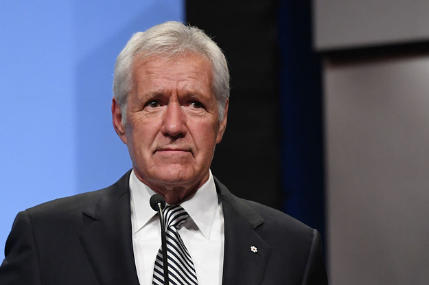 """""""Jeopardy"""" Host Alex Trebek Announced He Is Going Back On Chemotherapy For Pancreatic Cancer"""