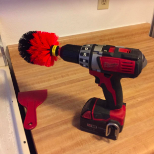 reviewer pic of the brush on the drill