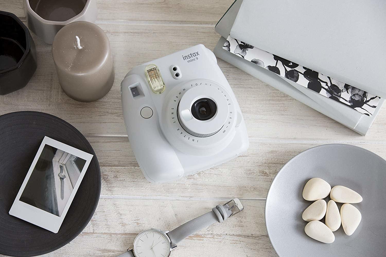 instax camera in white
