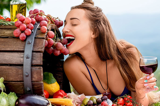 Nutrition : Top 10 Best And Worst Foods To Eat Before A Night Of Drinking