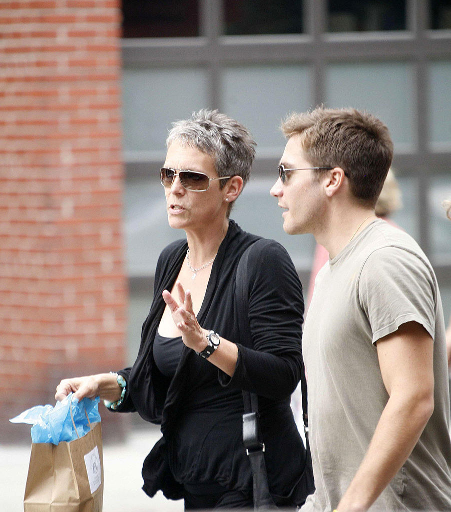 Jamie Lee Curtis and Jake G having a chat