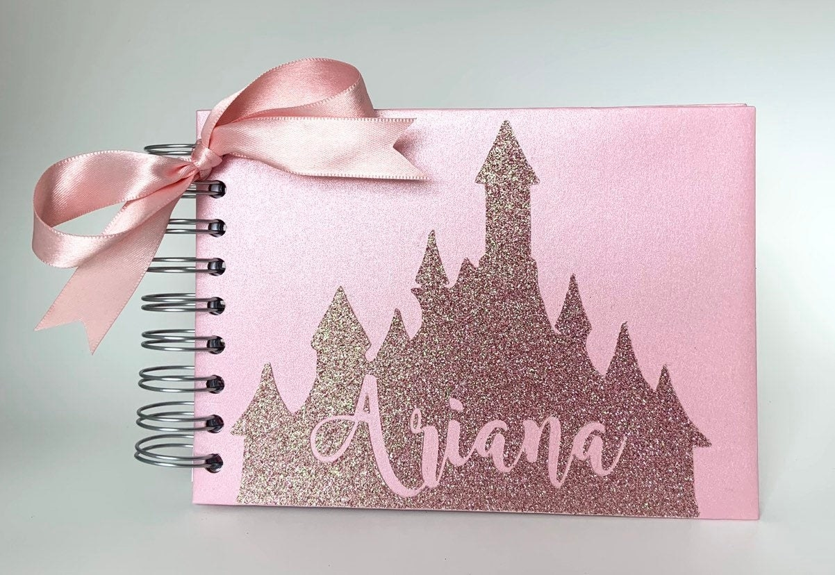 The autograph book in rose gold glitter
