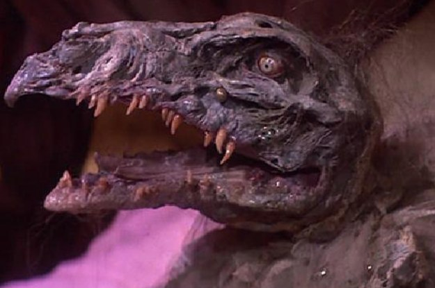 """We Need To Talk About How Messed Up The Original """"Dark Crystal"""" Was"""