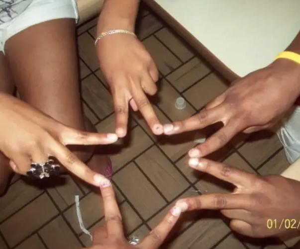 star finger hands