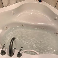 the tub now fully clean after