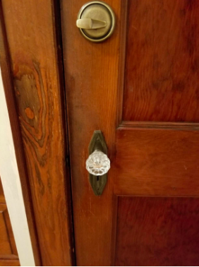 reviewer after pic of touched up wood door frame that looks normal