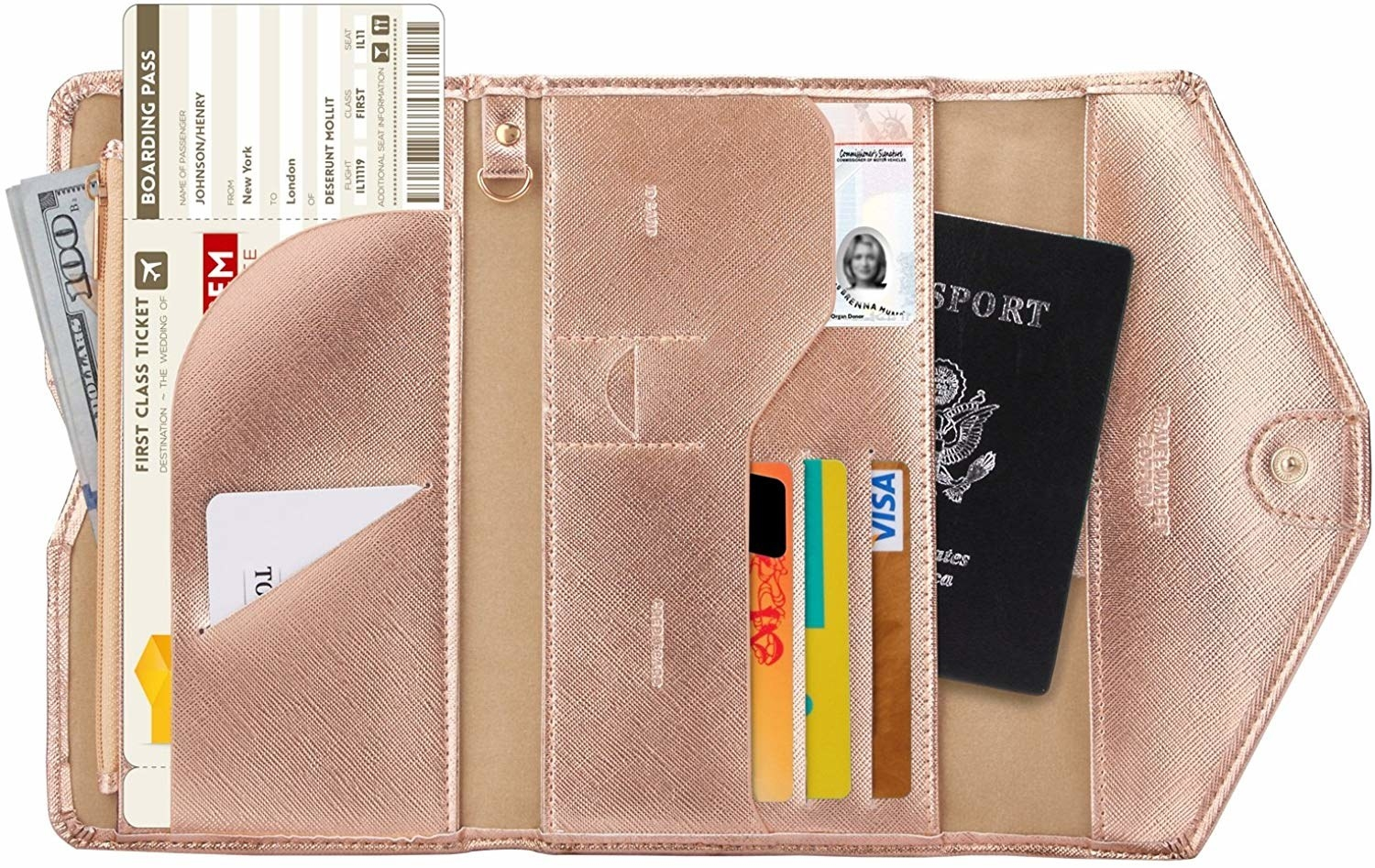 The travel wallet in rose gold
