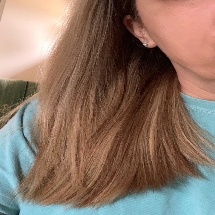 Customer reviewer image of shiny hair post using Pantene Rescue Shot