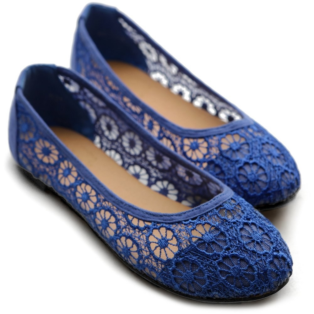 The blue round-toe lace flats
