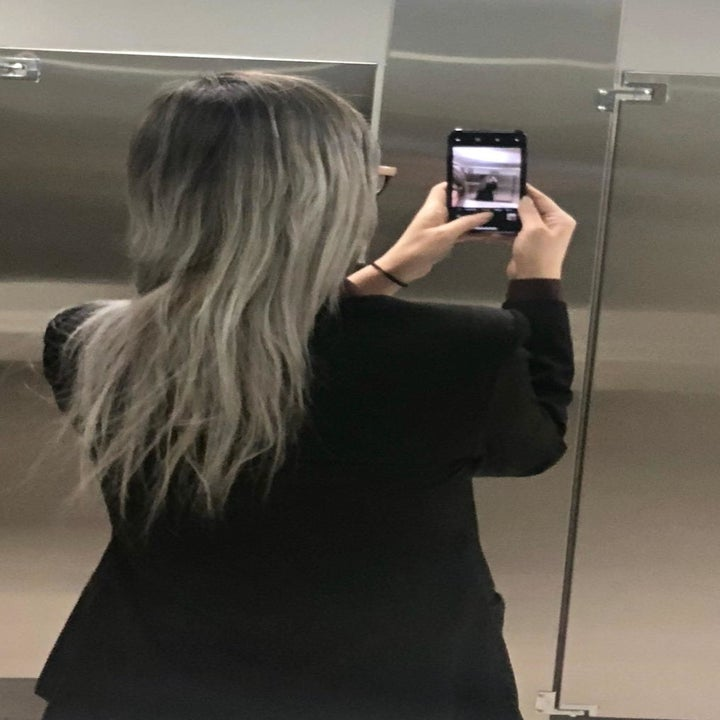 reviewer with dyed gray hair that looks split and damaged