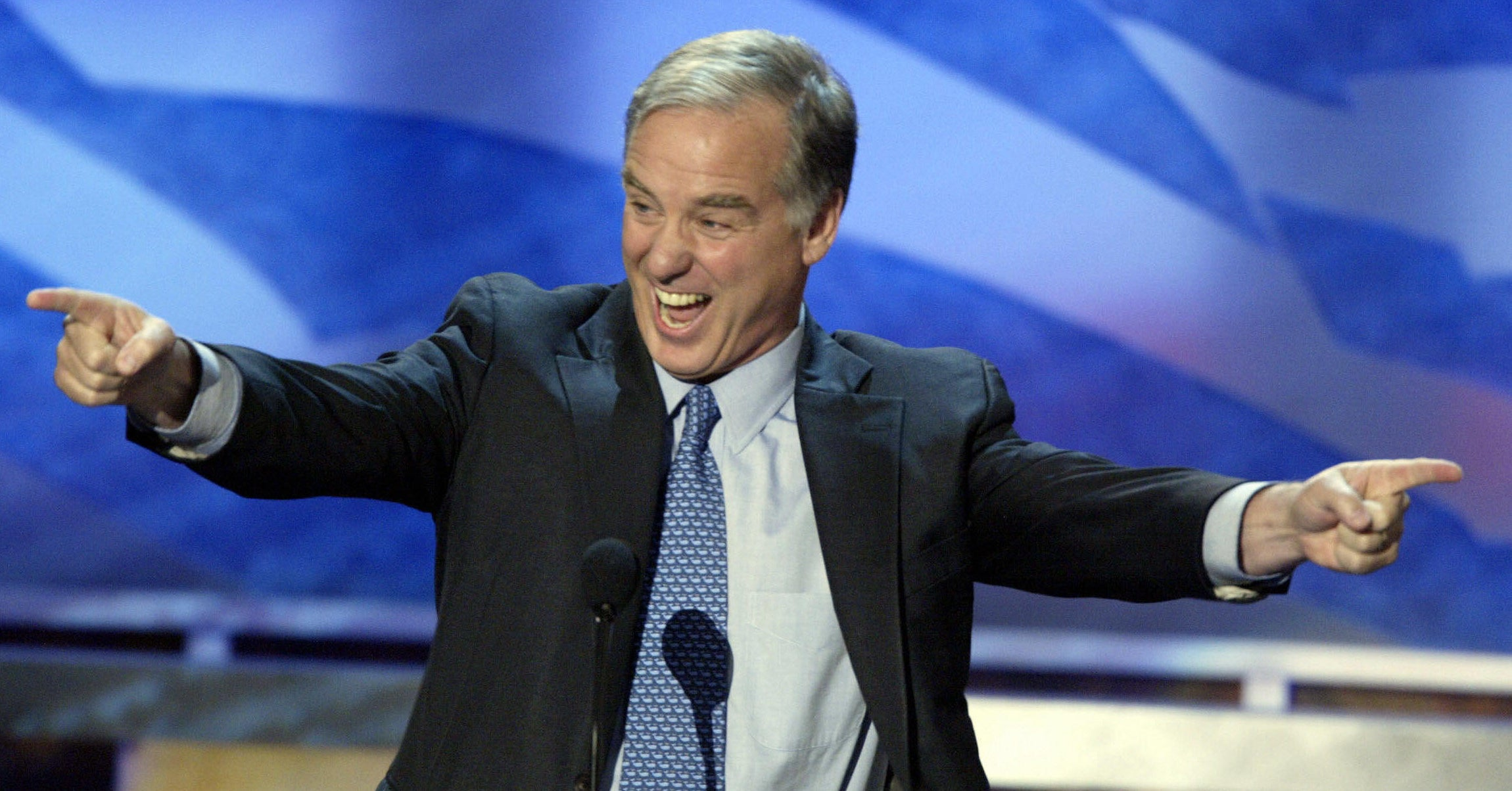 "Texts With Howard Dean: Elizabeth Warren Needs To ""Hang Tough"" And ""Get Used To"" The New Pressure"
