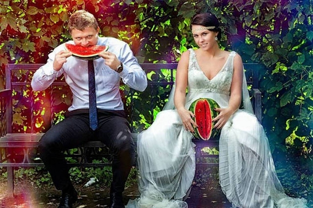 Top 10 Weirdest Wedding Photos You Can't Unsee Before