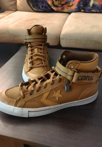reviewer image of their shoes with laces added