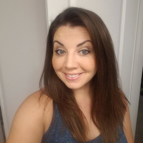Before photo of reviewer with straight hair
