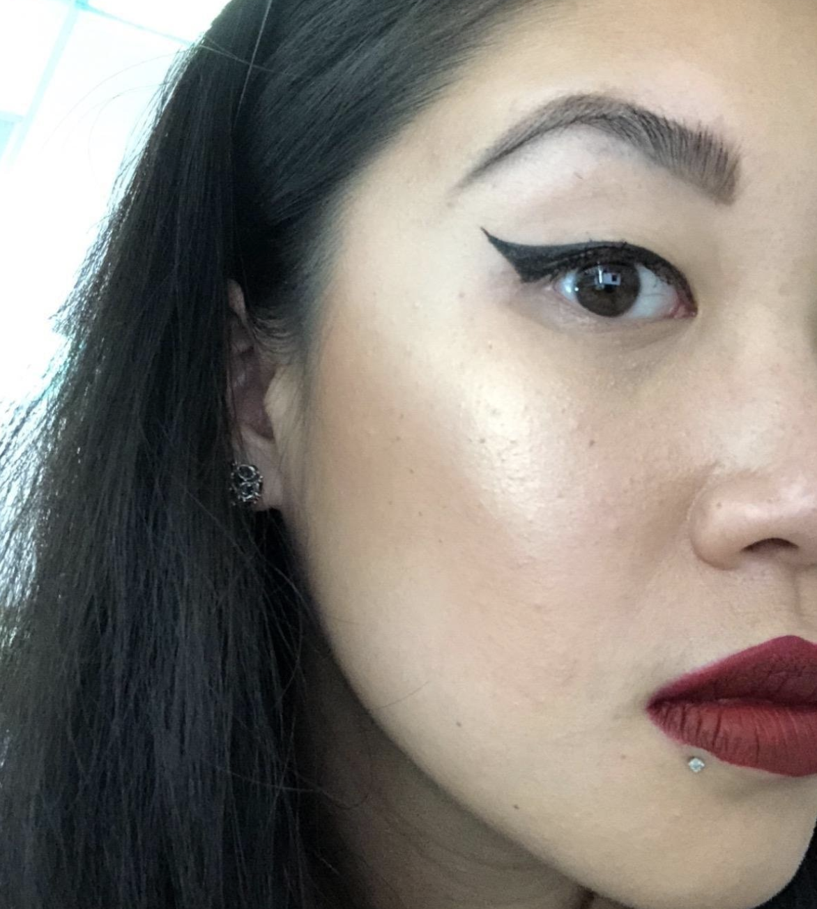 reviewer with the perfect cat eye