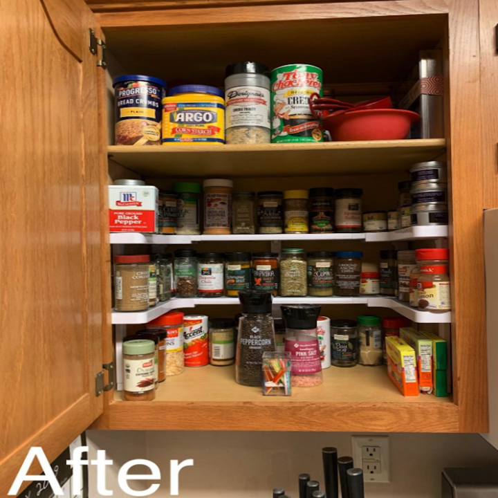 the same cabinet with the organizer inserted
