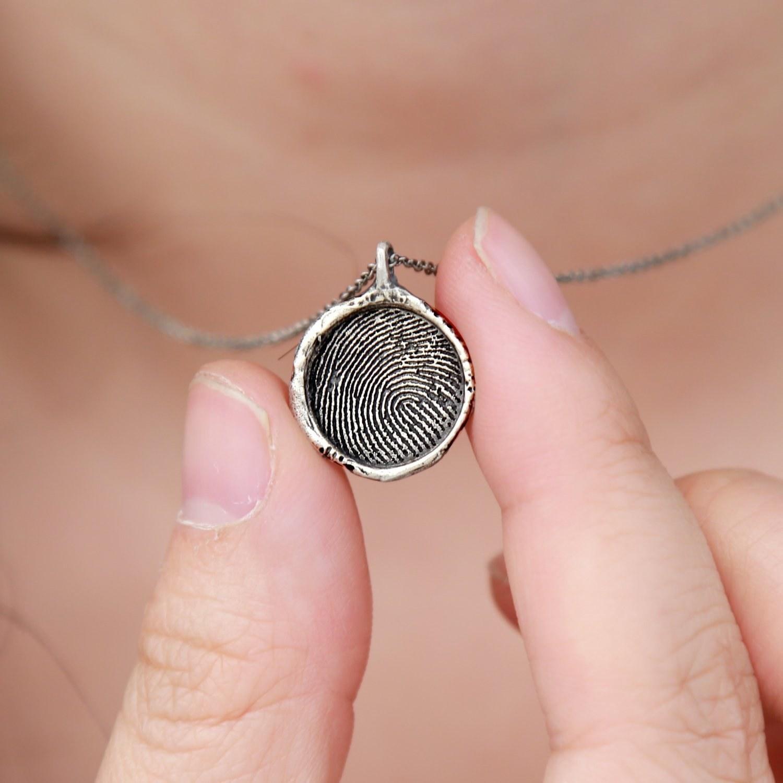 thumbprint pendant