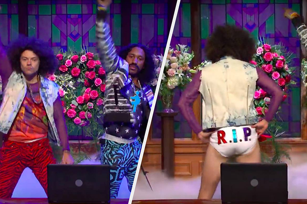 "Harry Styles Ripped Off His Pants And Revealed His Tighty-Whities On ""SNL"" And I'm Dead"