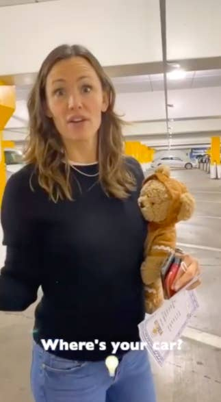 Jennifer Garner Lost in Parking Garage with Build a Bear is All of Us