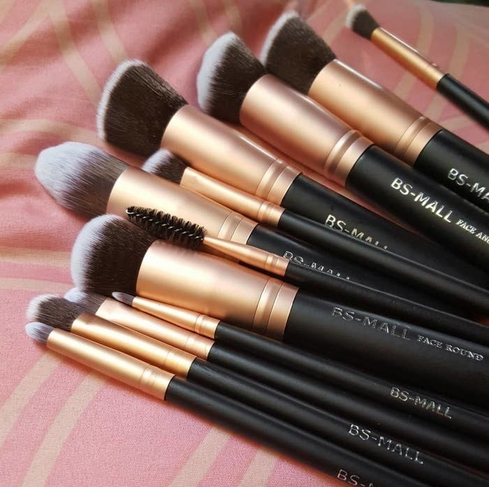 reviewer's gold and black makeup brush set
