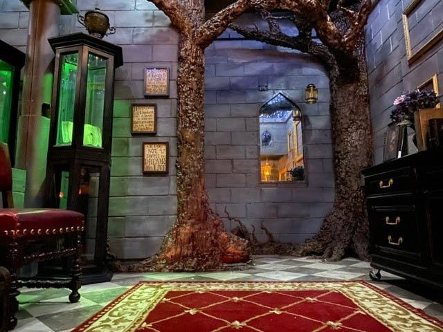 This Harry Potter Fan Diy D His Bedroom Like Hogwarts And The Details Are Bonkers Good