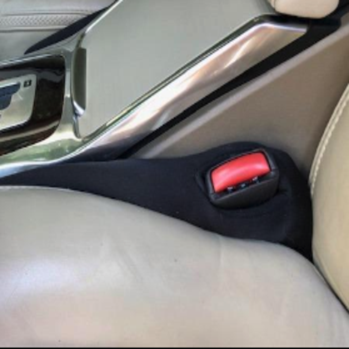 another reviewer showing another angle of the car seat gap filler