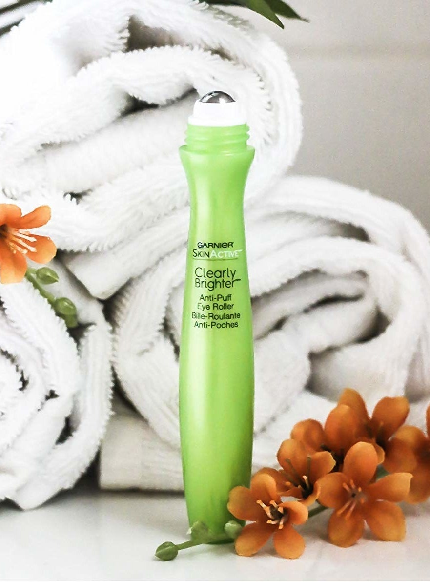 the Garnier SkinActive Clearly Brighter Anti-Puff Eye Roller