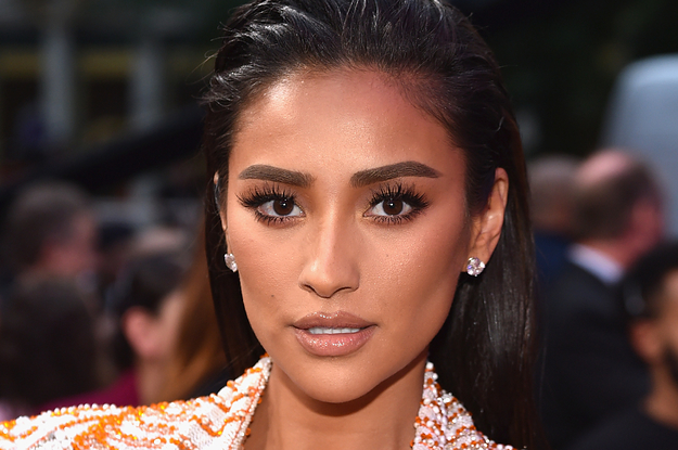 Shay Mitchell Says Mom-Shamers Arent About Her: It's About These Other People