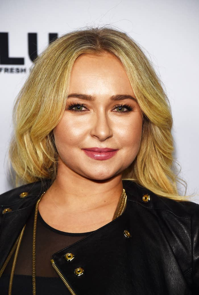 Hayden Panettiere Shows Off Short Haircut In Return To Social Media After Hiatus