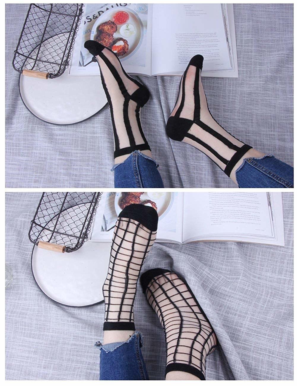 The wide stripe and grid print socks