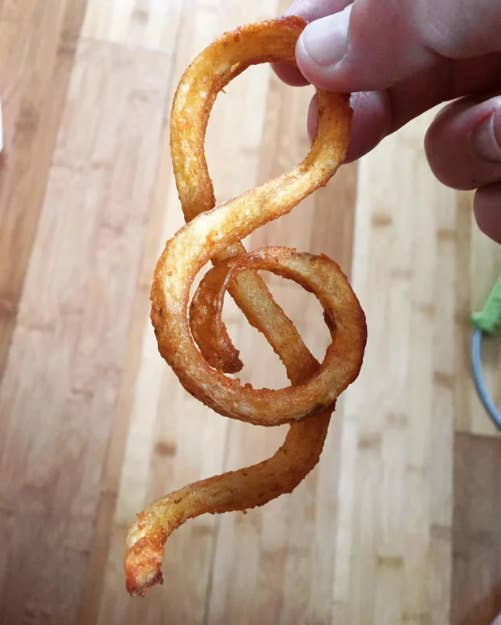 A curly fry shaped just like a treble clef