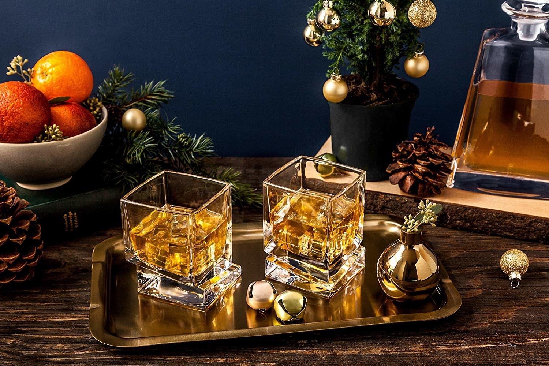 the stylish whiskey glasses