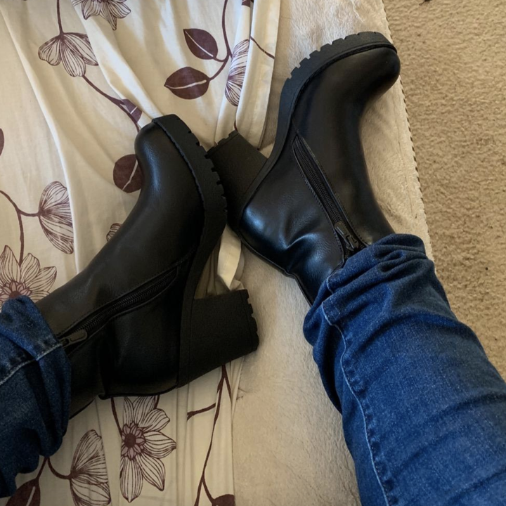 reviewer wearing the boots