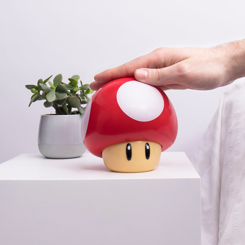 Touch sensitive toad mushroom lamp