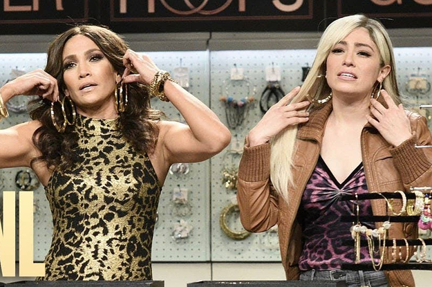 """J.Lo Did A Sketch About Hoop Earrings On """"SNL"""" And It Made My Entire Week"""