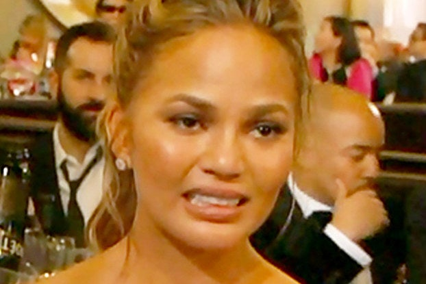20 Chrissy Teigen Tweets That Were Life-Changing This Year