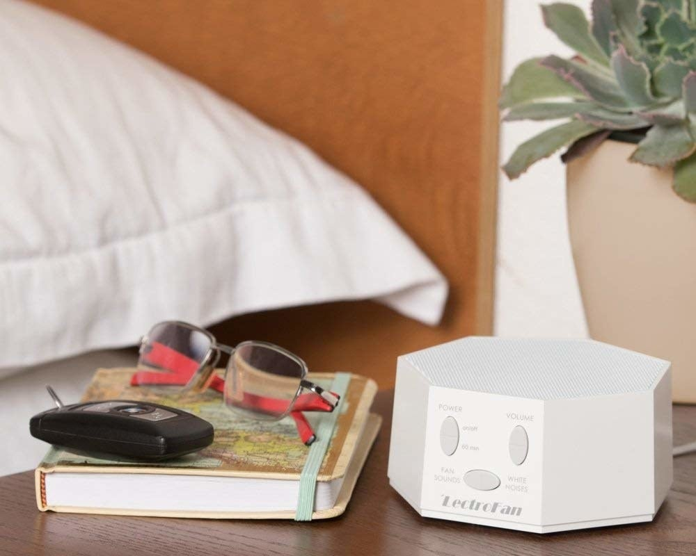 The white noise machine in white