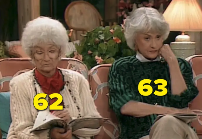 "Bea and Estelle sitting on the couch in ""The Golden Girls"""