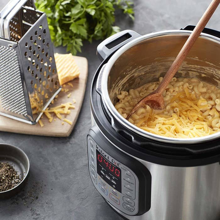 Instant Pot making macaroni and cheese