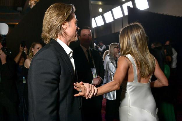 Brad Pitt And Jennifer Aniston Had A Moment At The SAG Awards And Im!?!?!?!?!?!