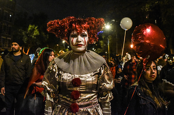 Halloween Activities 2020 Nyc NYC Halloween Events You Can Go To At The Last Minute