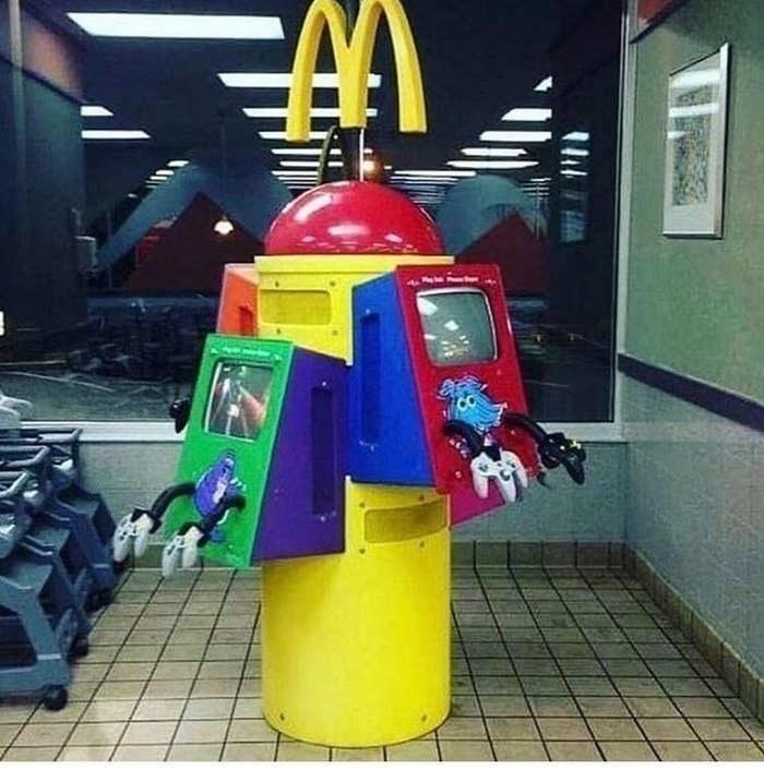 mcdonalds gaming kiosk