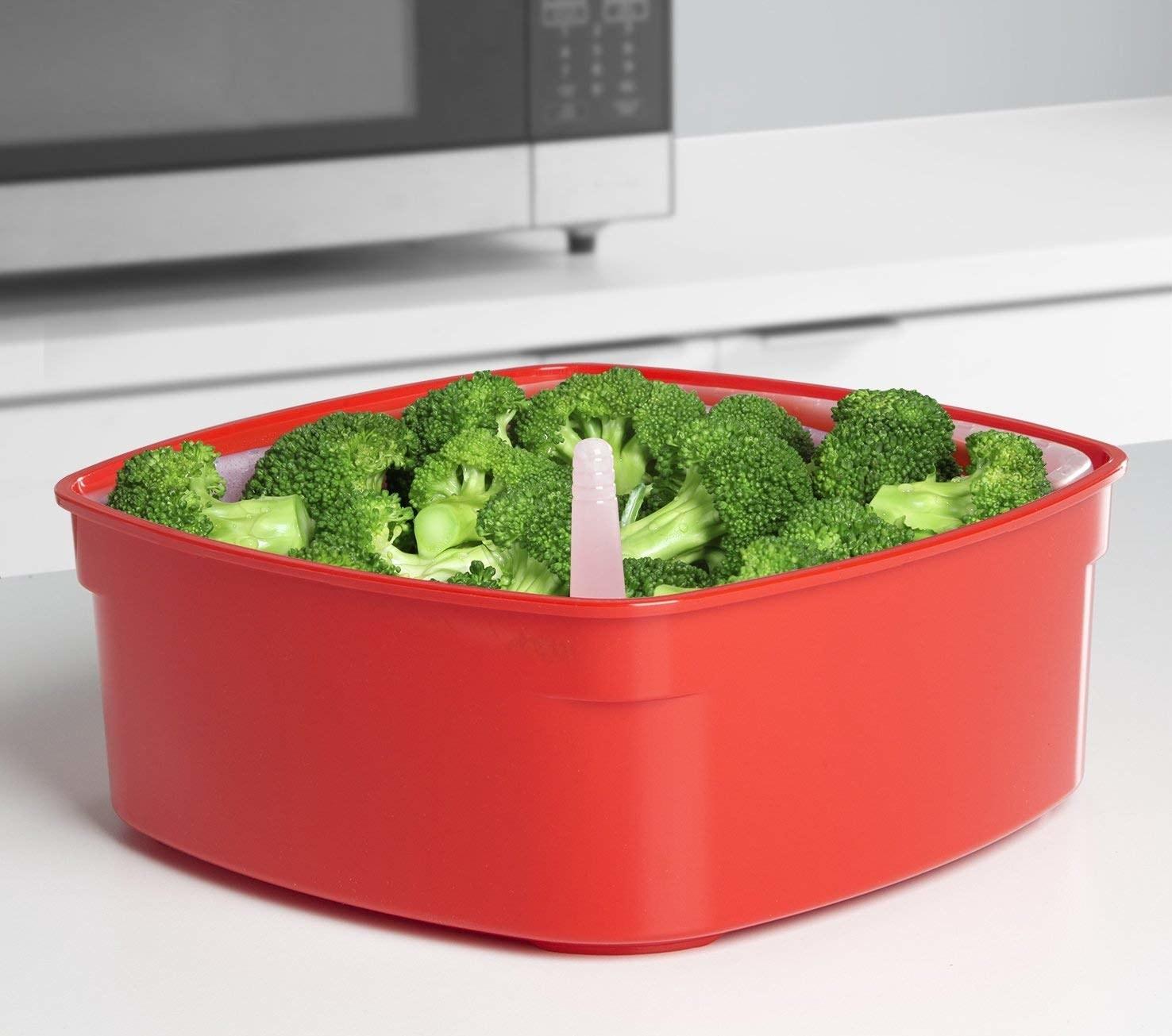 broccoli inside of the sistema microwave steamer