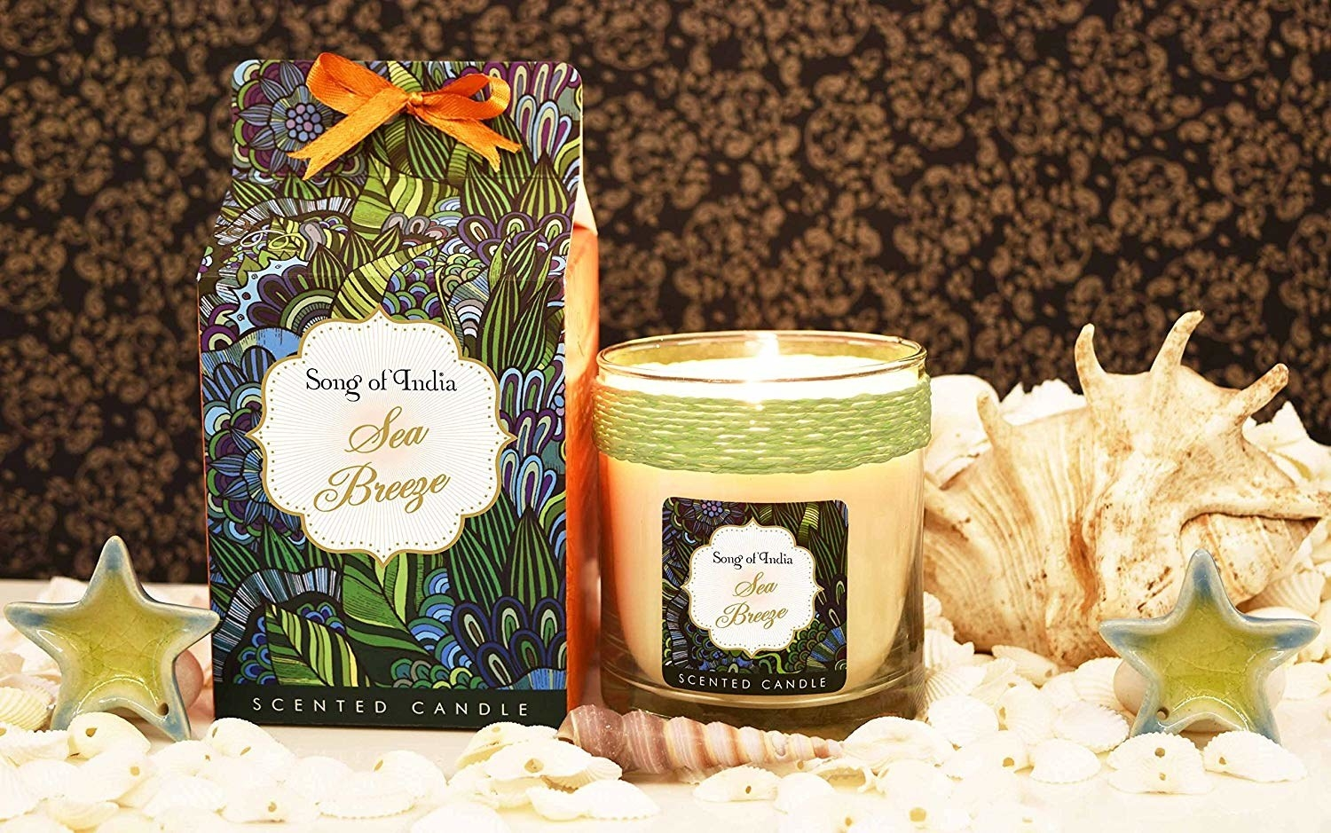 Packaging of the sea breeze scented candle