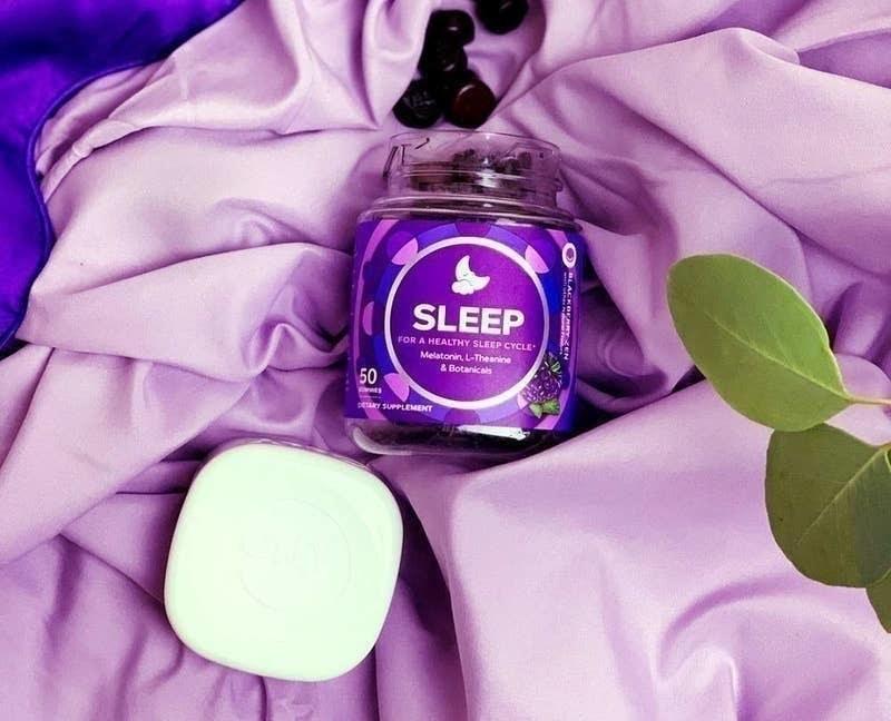 the jar of the sleep gummies