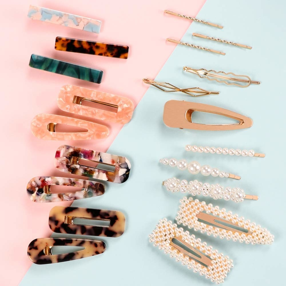 All the different clips that come in a pack, featuring acrylic resin and imitation pearls