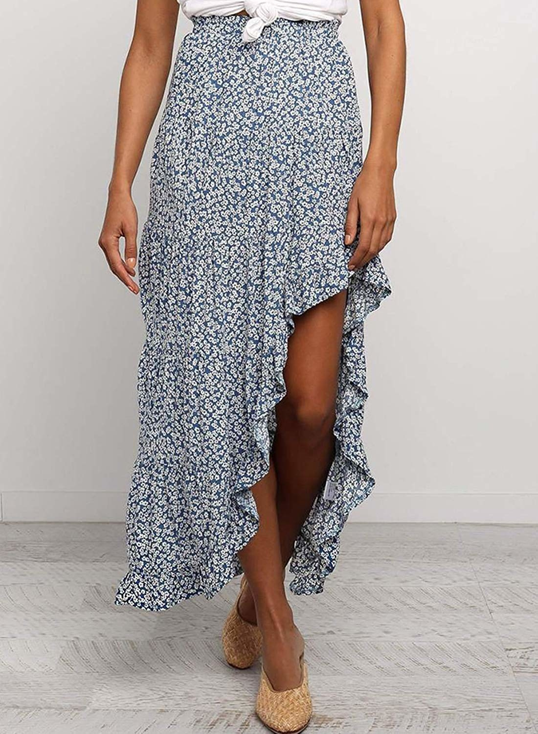A model wearing the maxi skirt.