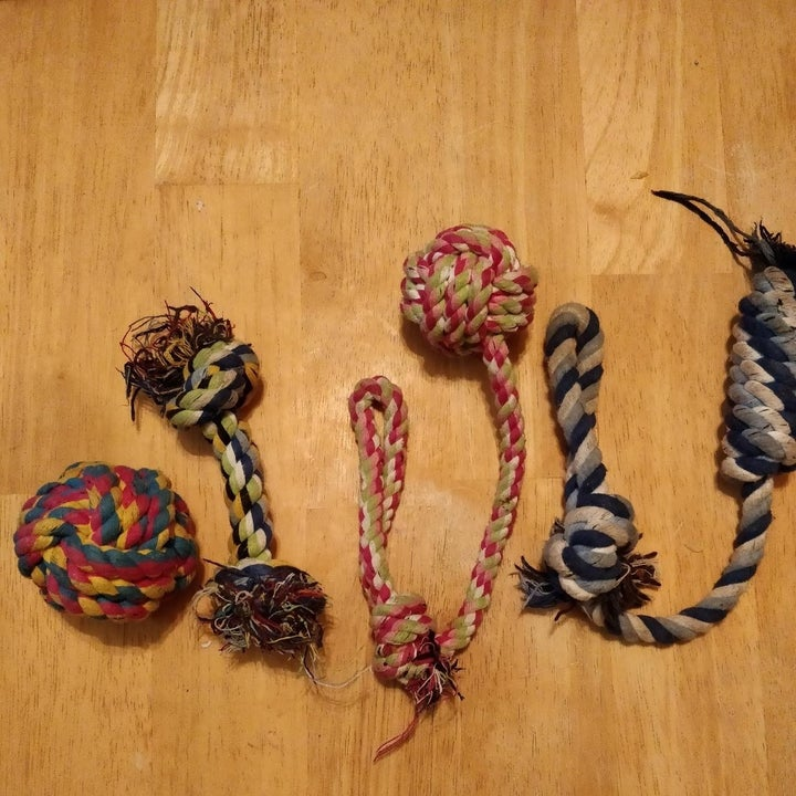A set of six rope toys