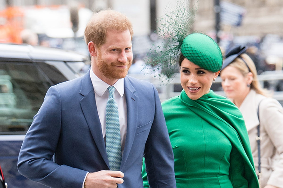 meghan markle and prince harry leaving royal family with had their last official event with queen meghan markle and prince harry leaving